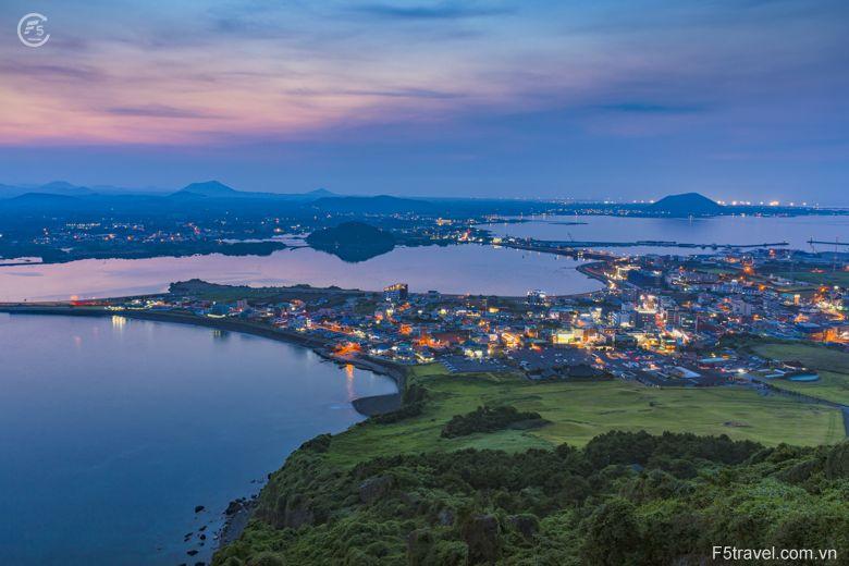 Korea jeju 780x520 - Tour du lịch Hàn quốc: Seoul – Jeju - Đảo Nami - Everland