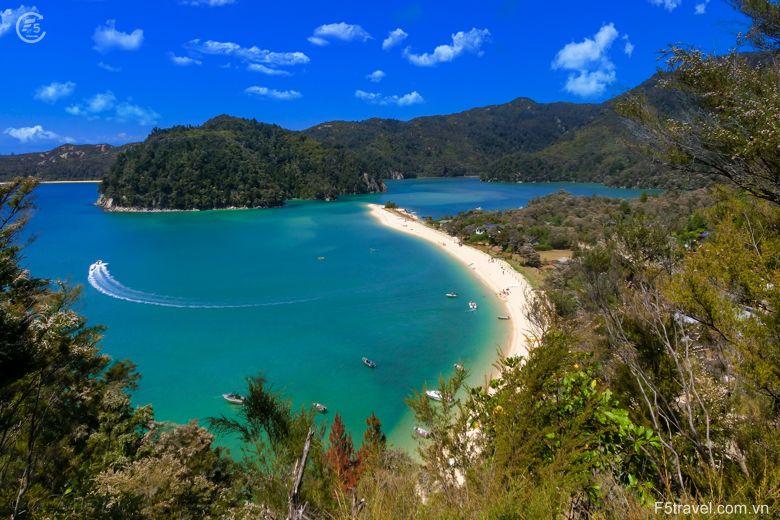 New zealand holiday 780x520 - Tour du lịch khám phá New Zealand: Auckland – Christchurch - Queensland