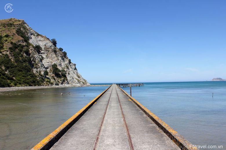New zealand2 780x520 - Tour du lịch khám phá New Zealand: Auckland – Christchurch - Queensland