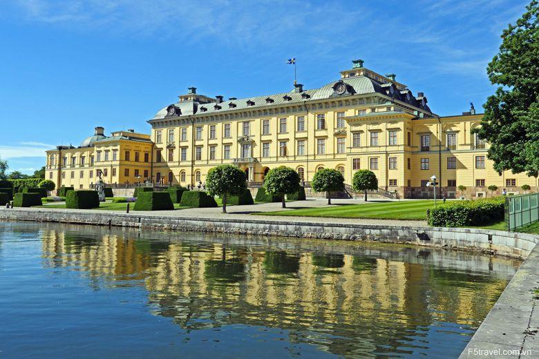 sweden drottningholm palace 780x520 - Tour du lịch Bắc âu: Thụy Điển – Đan Mạch - Nauy