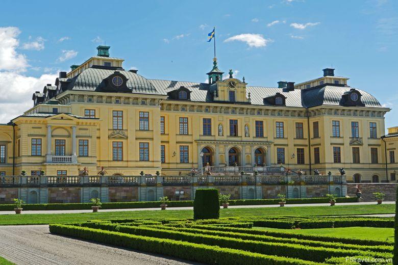 sweden drottningholm palace1 780x520 - Khám phá Bắc Âu: Đan Mạch – NaUy - Thụy Điển – Phần Lan