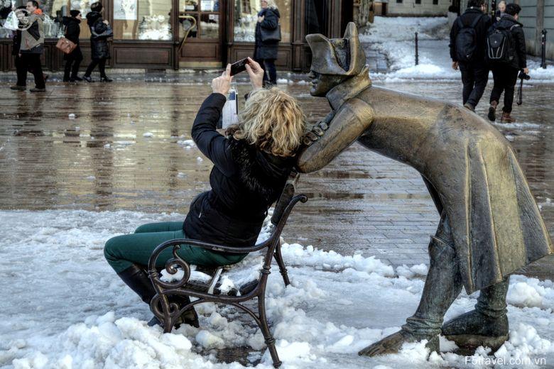 Slovakia selfie 780x520 - Tour du lịch Đông Âu: Áo – CH Séc – Hungary – Đức