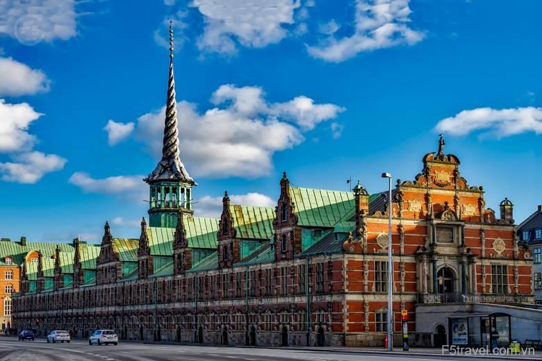 Danmark copenhagen city urban sky 780x520 - Khám phá Bắc Âu: Đan Mạch – NaUy - Thụy Điển – Phần Lan