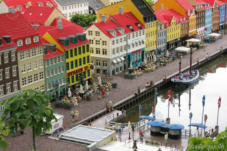 Danmark copenhagen lego legoland nyhavn 780x520 - Tour du lịch Đông Âu: Áo – CH Séc – Hungary – Đức
