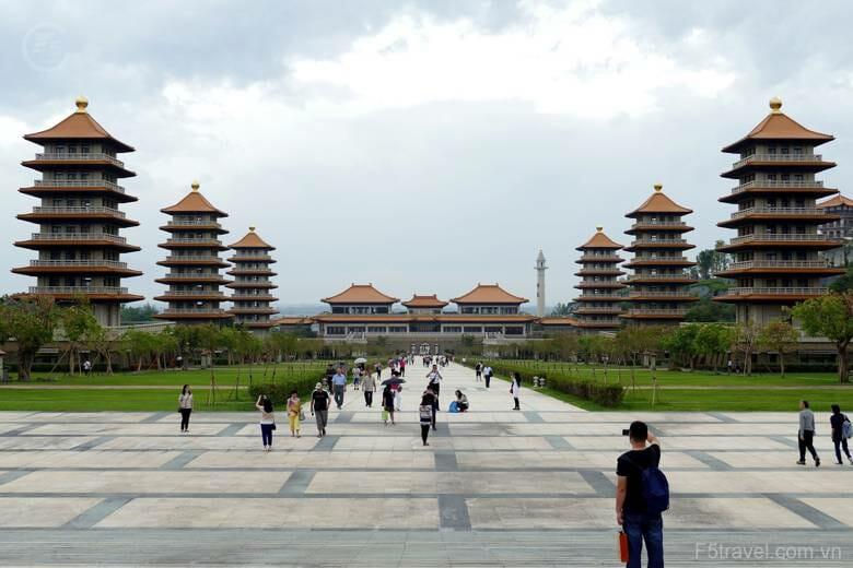 Taiwan kaohsiung 780x520 - Tour du lịch Đài Loan: Đai Bắc – Cao Hùng - Đai Trung với giá cực hấp dẫn, thủ tục Visa đơn giản