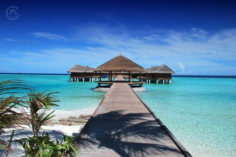 maldives 11 780x520 - Tour tiết kiệm